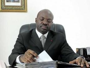 le-livre-de-l'auteur-camerounais-armand-claude-abanda''fils-de-prélat''-inscrit-au-programme-scolaire-au-gabon