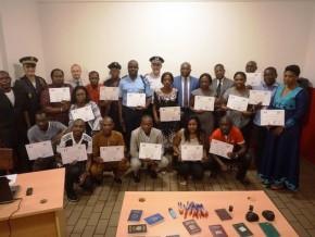lutte-contre-la-fraude-documentaire--la-france-renforce-les-capacités-de-la-police-des-frontières-gabonaise