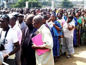 les-effectifs-de-la-fonction-publique-gabonaise-baisse-de-près-de-5000-personnes
