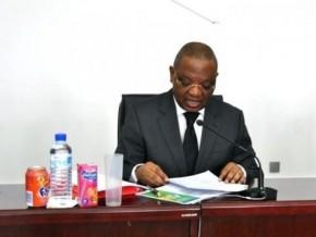 la-commission-des-marchés-financiers-du-cameroun-prend-acte-de-l'intégration-des-bourses-de-libreville-et-de-douala