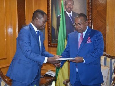 l-opposition-gabonaise-demande-la-reactivation-des-activites-du-comite-de-suivi-des-actes-du-dialogue-politique