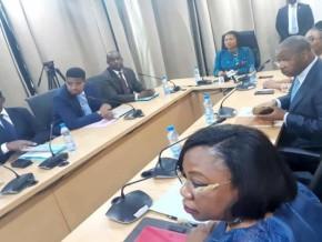 le-gabon-forme-ses-cadres-à-la-négociation-des-traités-et-accords-internationaux-d'investissements