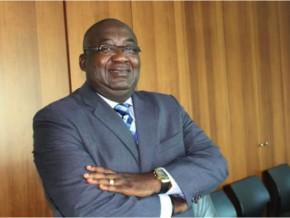 raymond-okongo-lance-le-chantier-de-la-réforme-du-système-informatique-des-douanes-gabonaises
