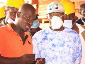 pacôme-moubelet-boubeya-en-visite-d'inspection-des-entreprises-forestières-de-l'ogooué-ivindo
