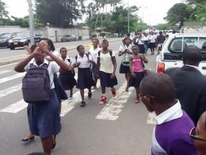 manifestations-d'élèves-au-gabon-aucun-blessé-grave-ni-perte-en-vie-humaine-selon-le-gouvernement