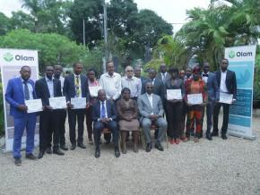 olam-gabon-livre-la-première-cuvée-des-lauréats-de-ses-programmes-de-formation