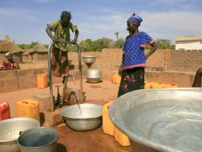 selon-la-banque-mondiale-153-millions-de-personnes-ont-accès-à-l'eau-en-afrique-subsaharienne-en-2015