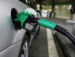 le-carburant-franchit-la-barre-des-600-fcfa-à-libreville