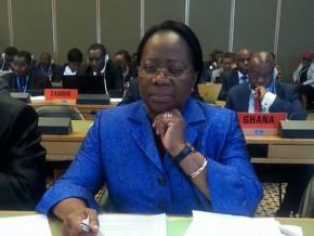 denise-mekam'ne-présente-les-grands-axes-de-la-politique-sanitaire-gabonaise-à-l'oms