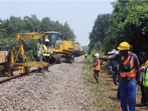 le-gouvernement-et-la-setrag-vont-injecter-207-milliards-de-fcfa-pour-réhabiliter-le-chemin-de-fer