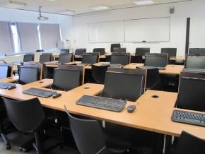 gabon-l'etat-dotera-les-lycées-et-collèges-de-salles-informatiques-puis-les-croisera-au-programme-train-my-generation-de-l'unesco
