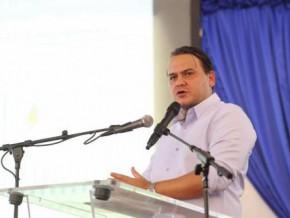 selon-brice-laccruche-alihanga-le-fonds-d'initiative-départemental-revêt-une-importance-fondamentale