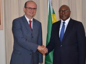 la-russie-va-apporter-son-expertise-dans-le-développement-du-secteur-minier-gabonais