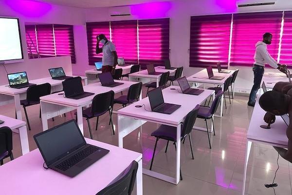 pise-87-nouvelles-salles-de-classe-construites-et-65-autres-rehabilitees-au-gabon-depuis-2020