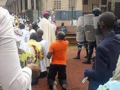 ouverture-des-lieux-de-culte-aucun-pretre-n-a-ete-tue-par-les-forces-de-securite-ce-25-octobre