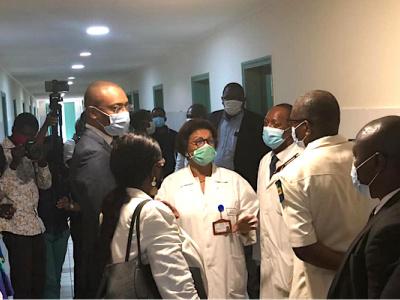 un-nouveau-service-d-infectiologie-covid-19-ouvert-au-centre-hospitalier-universitaire-de-libreville