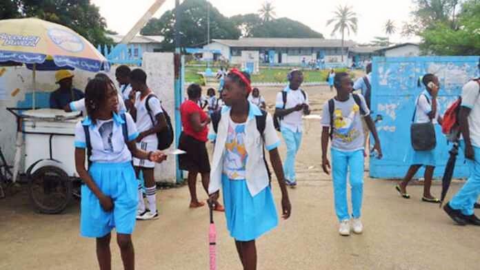 annee-scolaire-2021-2022-l-etat-ouvre-cinq-nouveaux-colleges-dans-le-grand-libreville