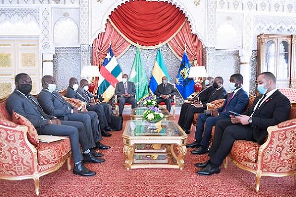 le-president-touadera-dement-avoir-ete-victime-d-une-tentative-d-attentat-a-bord-jet-de-la-presidence-gabonaise