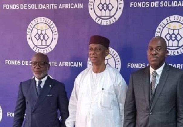 le-fonds-de-solidarite-africain-garant-du-pret-de-1-8-milliard-de-fcfa-pour-le-complexe-commercial-et-hotelier-a-moanda