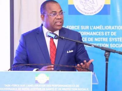 le-premier-ministre-tance-la-task-force-censee-faire-des-propositions-pour-ameliorer-l-offre-de-sante-au-gabon