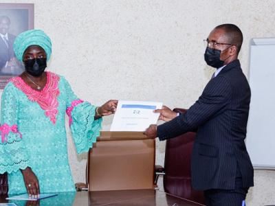 fonction-publique-gabonaise-1-684-agents-publics-regules-et-1-962-personnes-recrutees-a-fin-juin-2021