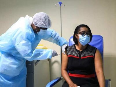 le-gouvernement-gabonais-dement-des-rumeurs-d-effets-secondaires-du-vaccin-chinois-sinopharm