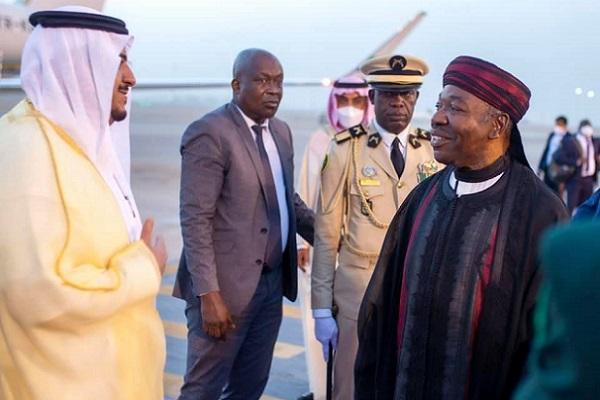 diplomatie-economique-ali-bongo-en-quete-d-investisseurs-saoudiens