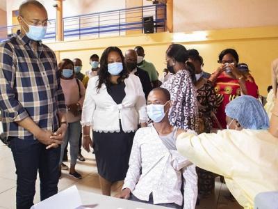 les-populations-de-ntoum-peuvent-desormais-recevoir-leurs-doses-de-vaccination-sans-se-deplacer-sur-libreville