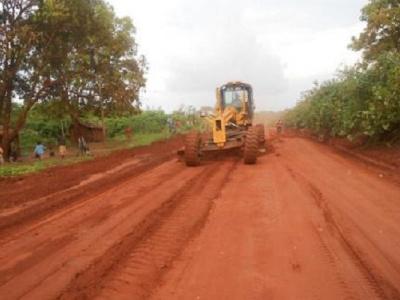 la-bad-va-financer-la-rehabilitation-de-53-km-de-pistes-rurales-dans-la-province-de-la-ngounie