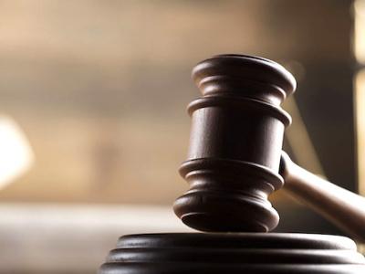 un-an-de-prison-et-5-millions-d-amende-requis-pour-le-commercant-libanais-qui-a-violente-l-adjoint-au-maire-de-franceville