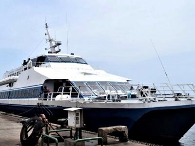 libreville-port-gentil-les-compagnies-privees-augmentent-de-25-le-prix-du-transport-en-commun-par-bateau
