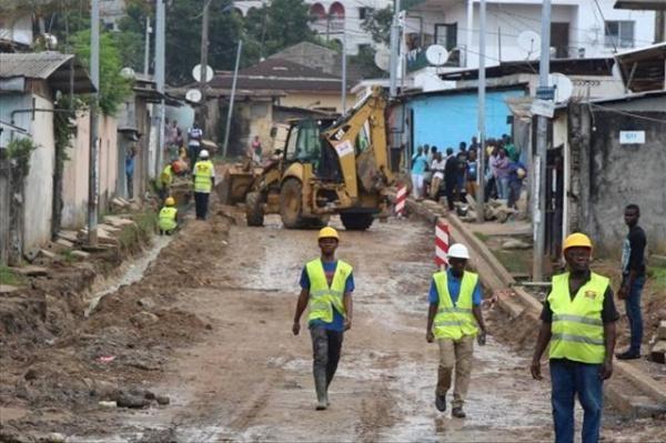 le-gabon-recrute-des-operateurs-pour-realiser-des-travaux-des-voiries-de-lambarene-et-d-oyem-19-km